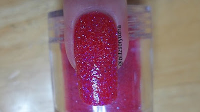 Madam Glam To the Moon & Back Swatch