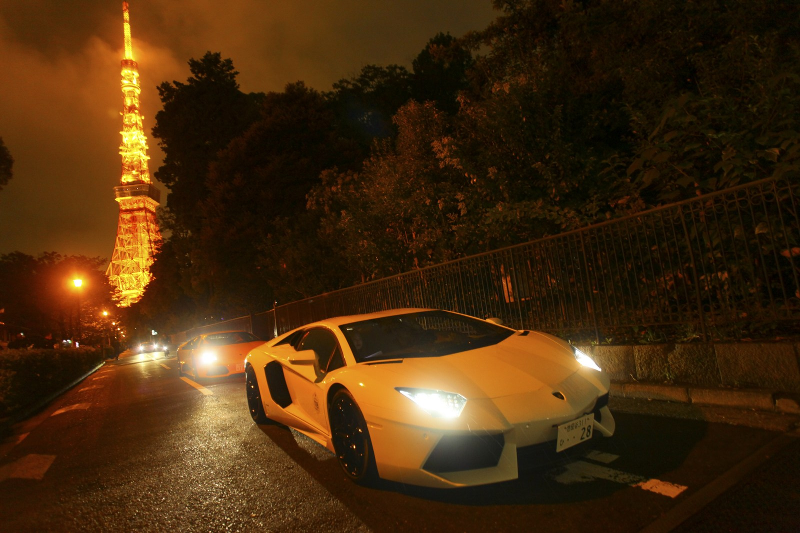 Lamborghini Makes Five Special Edition Aventador S