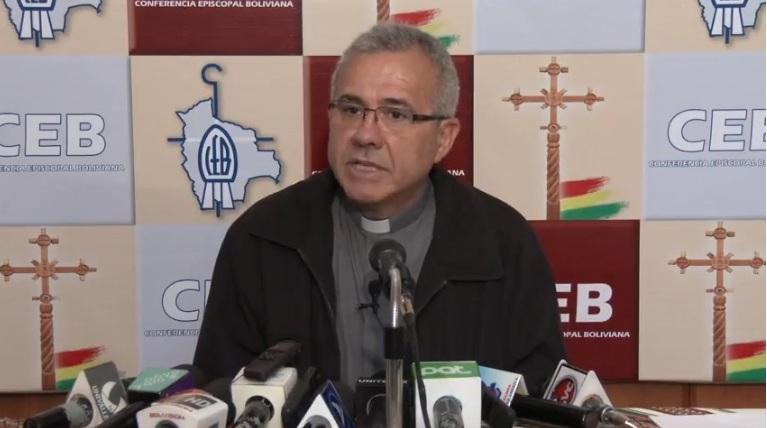 Secretario general de la CEB, padre José Fuentes, en rueda de prensa / IGLESIA VIVA
