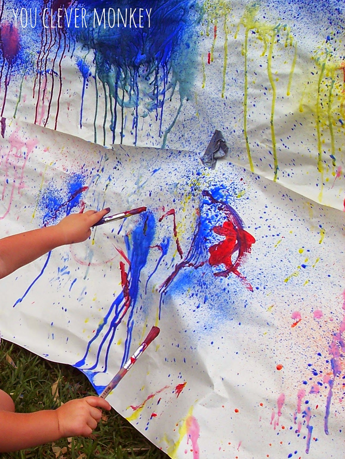 Big Art - fun art activities that will get kids moving while making.  For more, visit http://youclevermonkey.com/