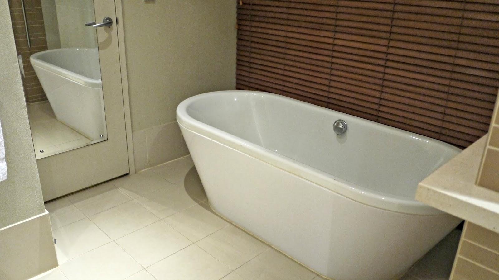Pullman Resort Bunker Bay bathroom