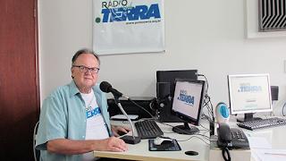 Rádio com notícias sobre meio ambiente