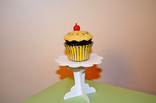 Product Feature: Table For One Cupcake Stands