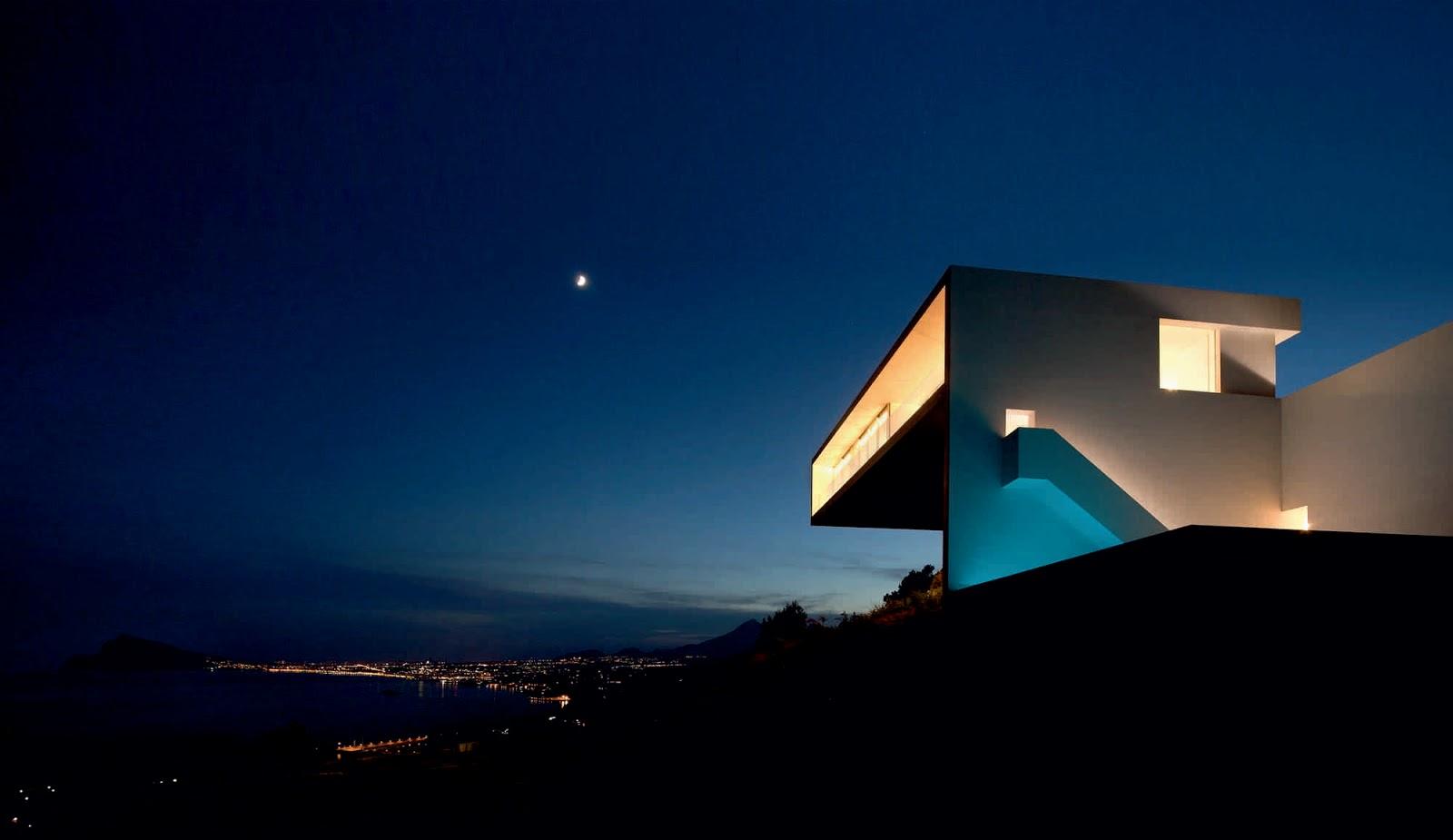 Futuro House Floor Plan Casa Del Acantilado By Fran Silvestre Arquitectos