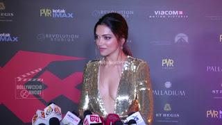 Deepika Padukone Promoting   Return of Xander Cage in India in Golde Gown 67 .xyz.jpg