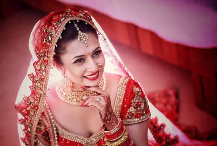 Divyanka Tripathi Wedding Dress 1