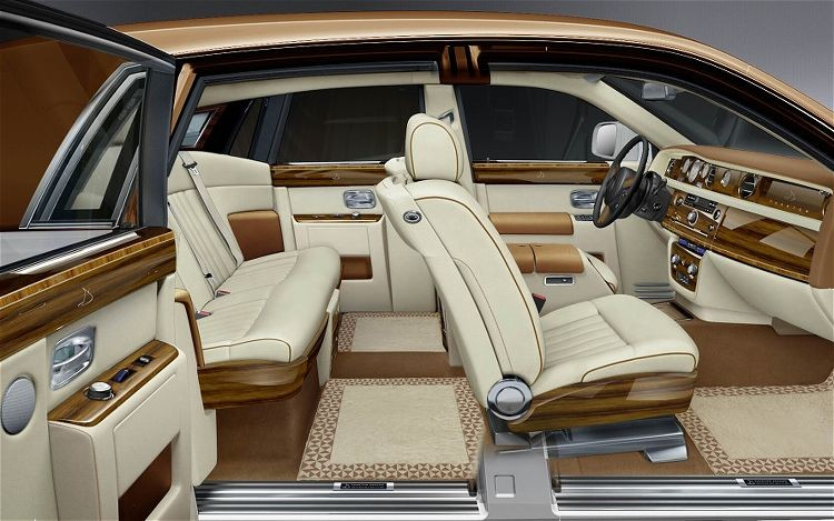 Cristiano Ronaldo S Car Phantom Rolls Royce