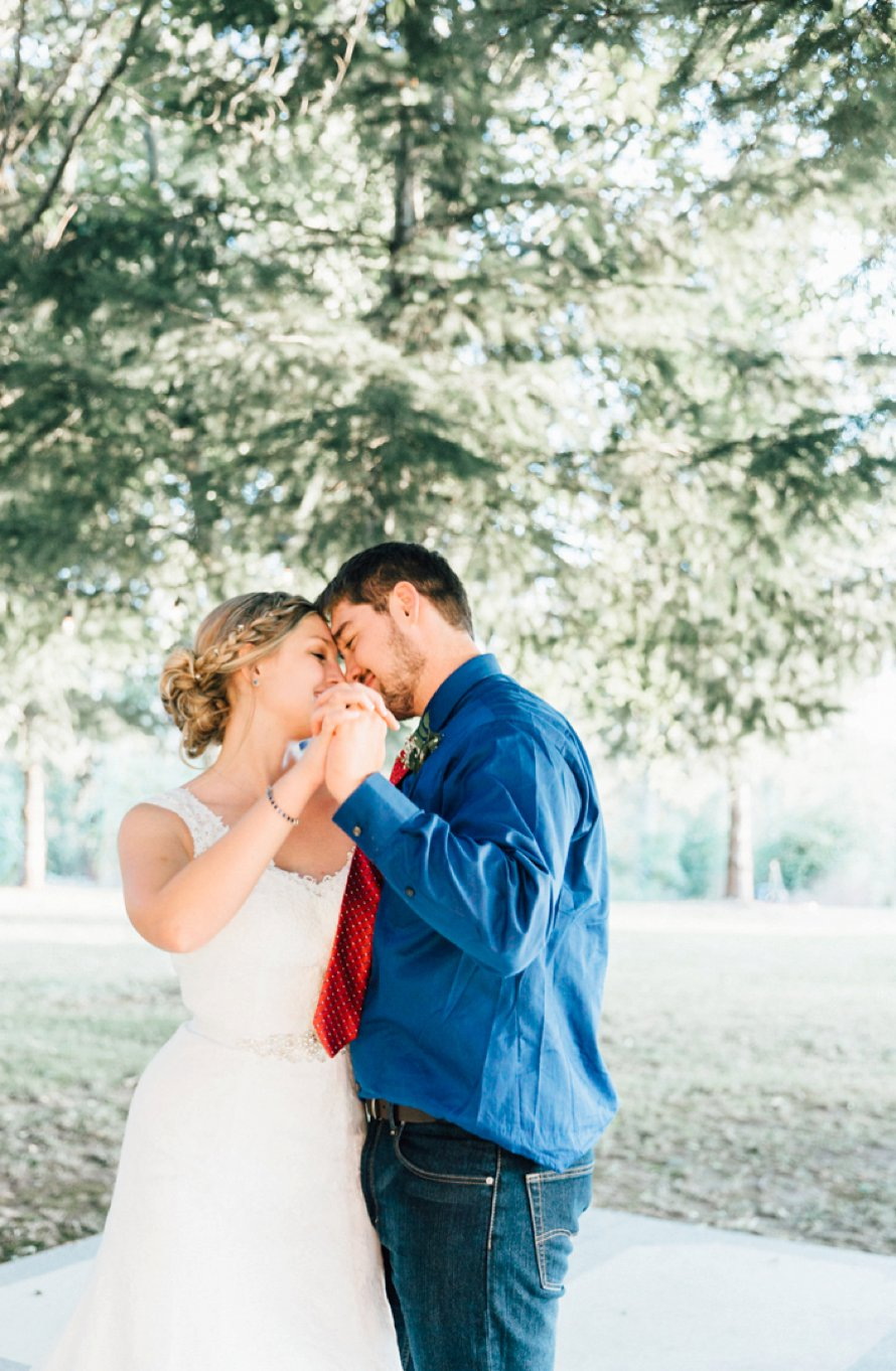 Golden Oregon Farm Wedding Photography by Something Minted