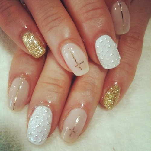 All Exposed: Glamorous Nails!