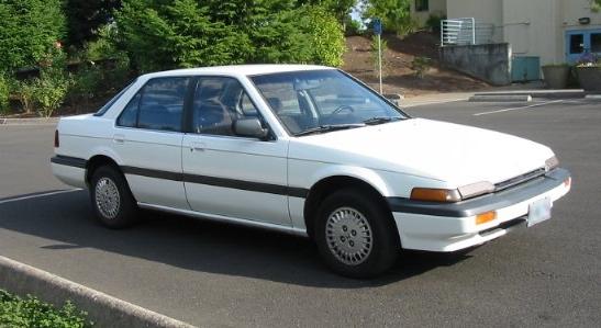 Honda-Accord-Sedan-1987.jpg
