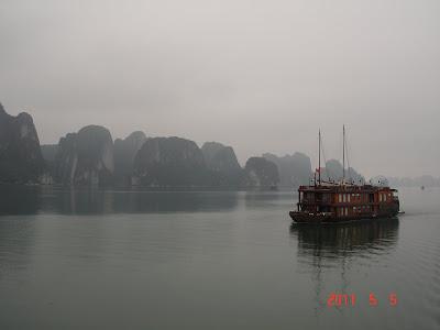 Boat Halong Bay - Vietnam