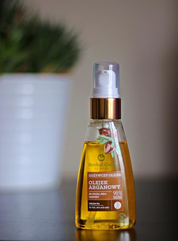 olej-arganowy-do-włosów