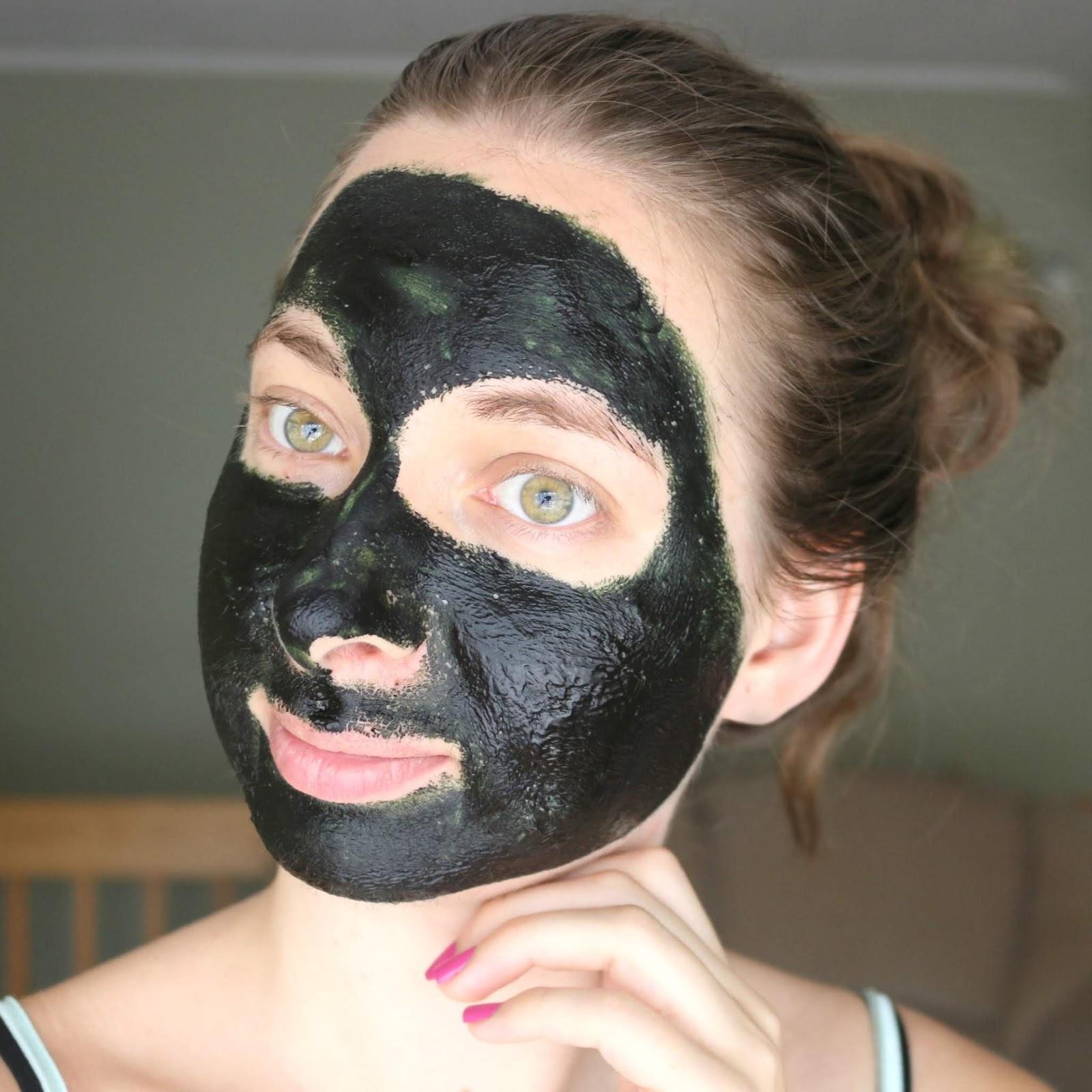 Spirulina Beauty Benefits + DIY Face Mask