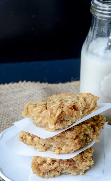 What a super breakfast or grab and go snack for anyone who wants something healthy, filling, and full of protein! In under 30 minutes, you can whip up a batch of these Peanut Butter Baked Oatmeal Bars for breakfasts or snacks! Save money and skip those store-bought oatmeal bars, and make these instead.