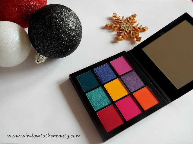 recenzja Huda Beauty Obsession Electric Paleta