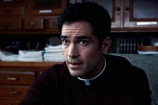 """O ator Alfonso Herrera interpreta o dono de uma paróquia: o filme """"O Exorcista"""" tornou-se um dos mais lucrativos filmes de terror de todos os tempos"""