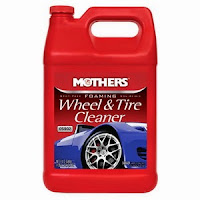 Mothers 05902-4 Foaming Wheel & Tire Cleaner