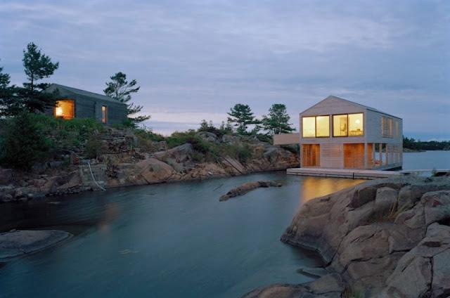 แบบบ้านสองชั้นกลางทะเลทราบ
