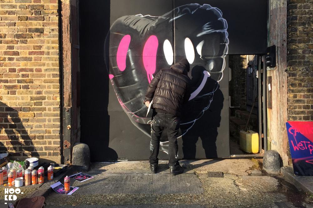 Fanakapan debrand/ rebrand Mural in London, UK. Photo ©Hookedblog / Mark Rigney