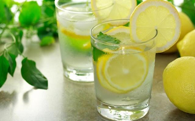 Điều gì xảy ra nếu uống nước chanh đều đặn trong 2 tuần?