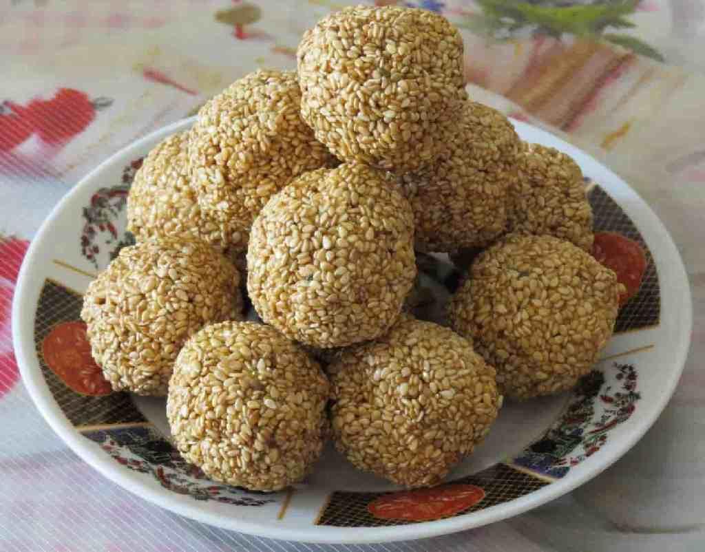 Til Gud Ladoo Recipe | Sesame Seed Ladoo Recipe