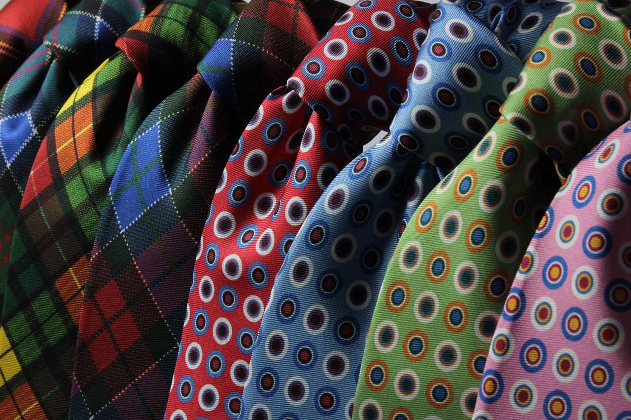 Piękny krawat, czyli dlaczego politycy nie odpowiadają na pytania dziennikarzy