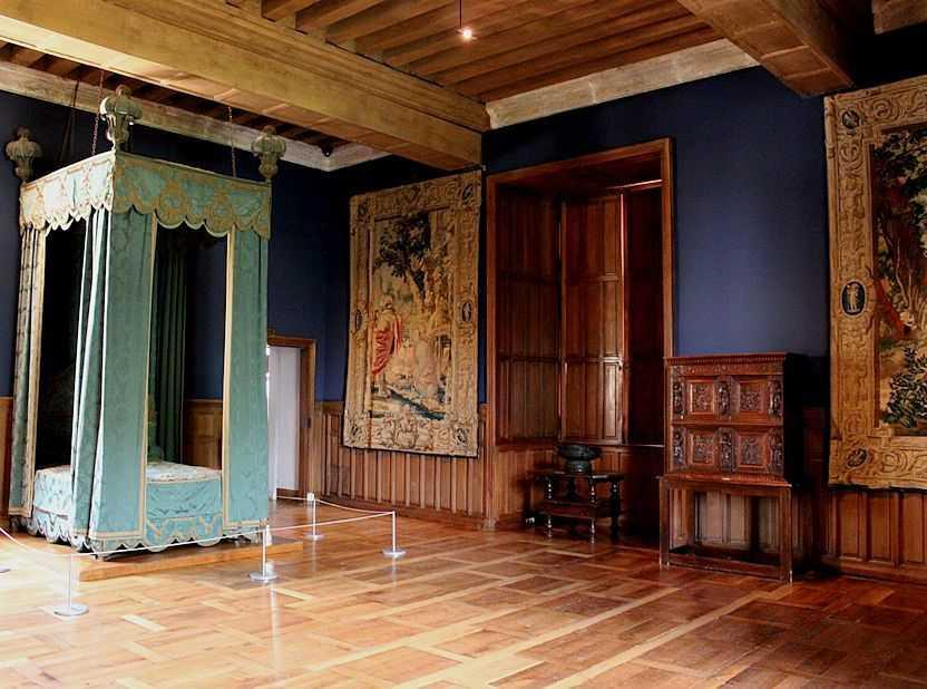 castelos medievais azay le rideau suprema harmonia de leveza solidez sonho e racioc nio. Black Bedroom Furniture Sets. Home Design Ideas