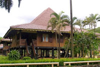 rumah adat di Indonesia