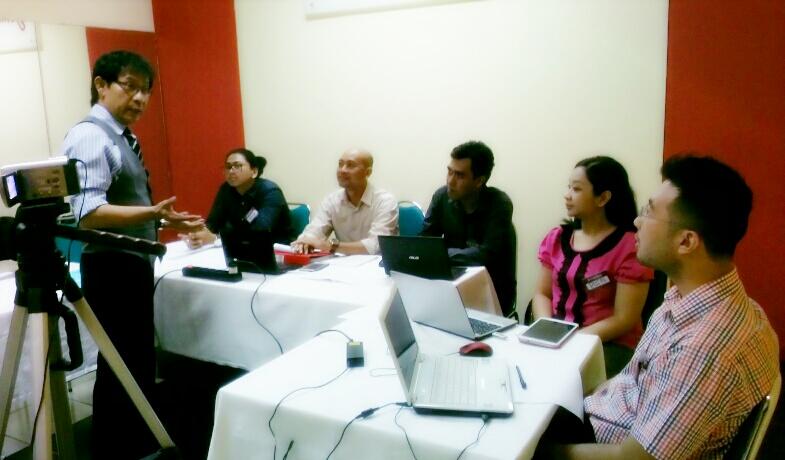 Harliantara Harley Prayudha Dr Harliantara Drs M Si Berkegiatan Di John Robert Powers Denpasar Bali 12 13 Agustus 2016
