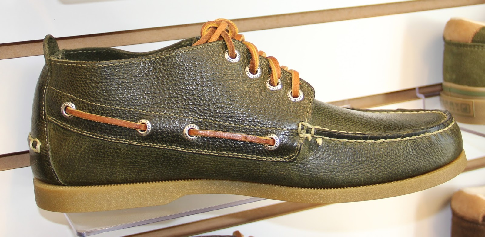 Sperry Top Sider Mens Fall 2014 Footwear Espro Napoly Genuine Leather Portofolio Bag Black A O Chukka Boardwalk 110 Here In Forest Hand Sewn Uppers W True Moccasin Construction Raw Hide Lace Eva Heel Cup For Shock