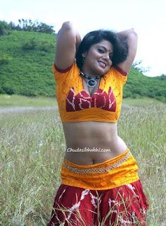 bhabhi ko khet me chudai
