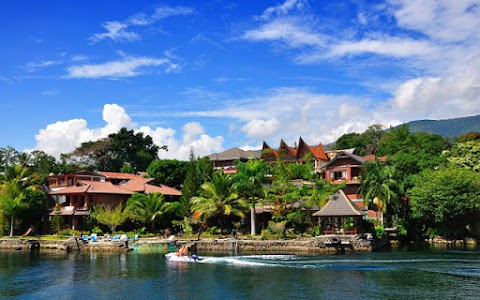 Medan Lake Toba Tour Package 5Days 4Nights
