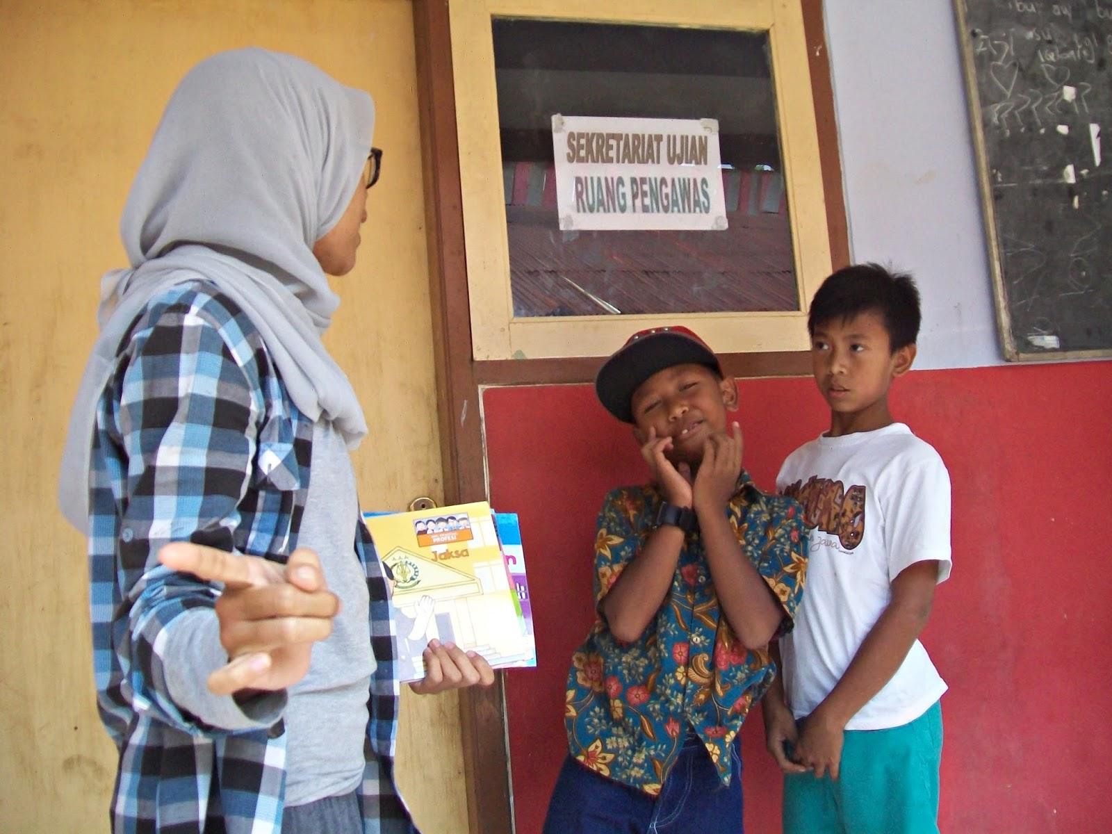 Tanggal 27 Agustus sampai 03 September 2016 Book for Mountain kembali mengadakan project pengadaan perpustakaan. Kali ini diadakan di Kab Batang tepatnya di Desa Ngadirejo.