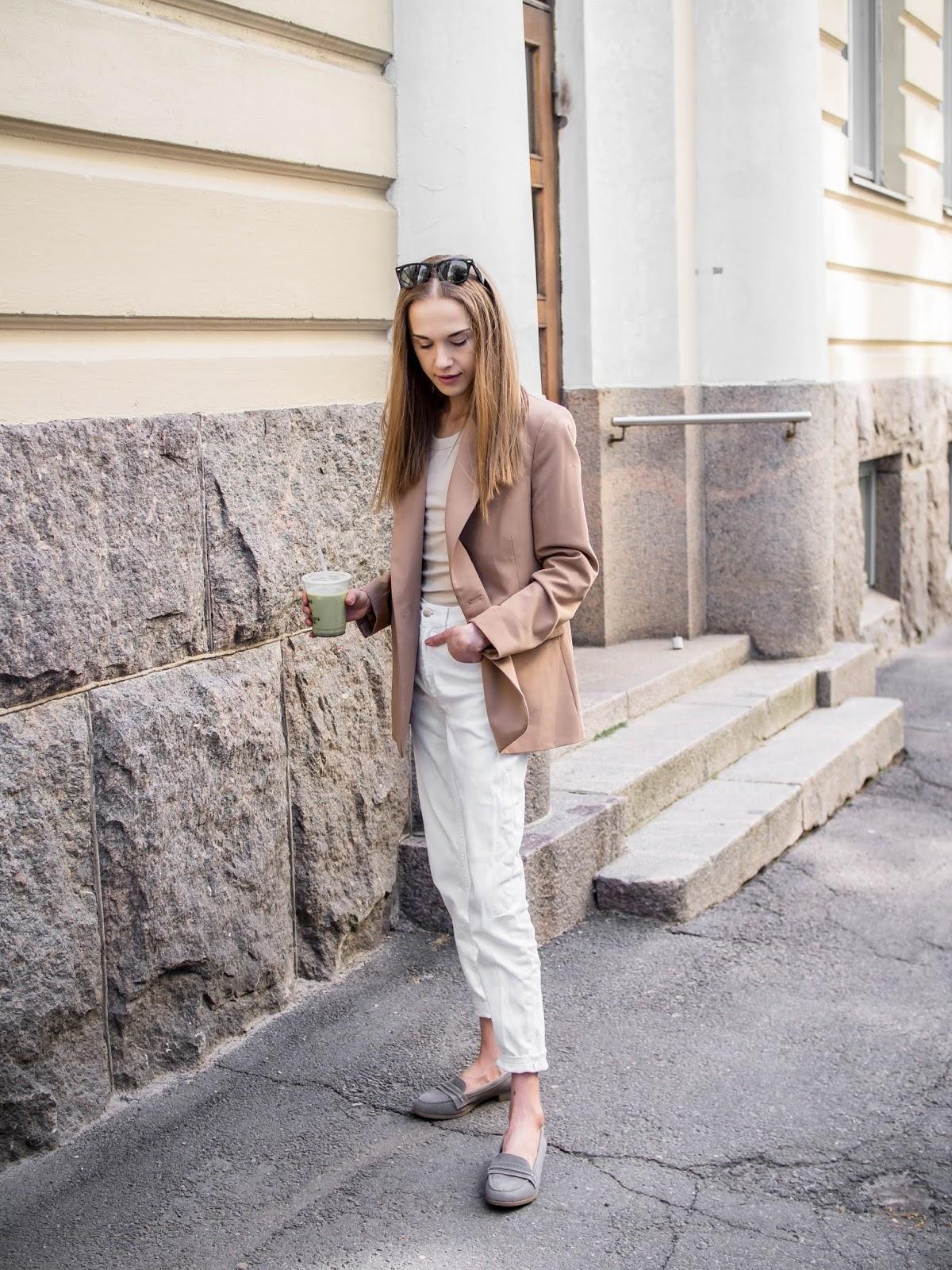 Neutral summer outfit, fashion blogger - Neutraali asu, kesämuoti, bloggaaja, Helsinki
