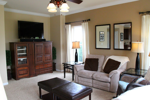 Simple Family Room Bonnie Donahue
