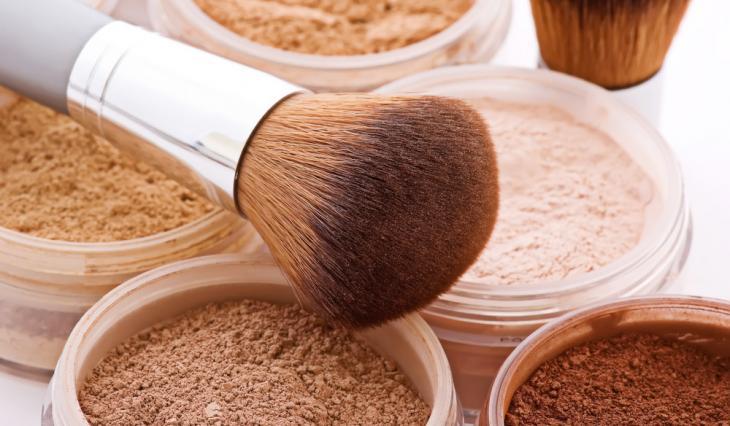 escolher o pó ideal para maquiagem