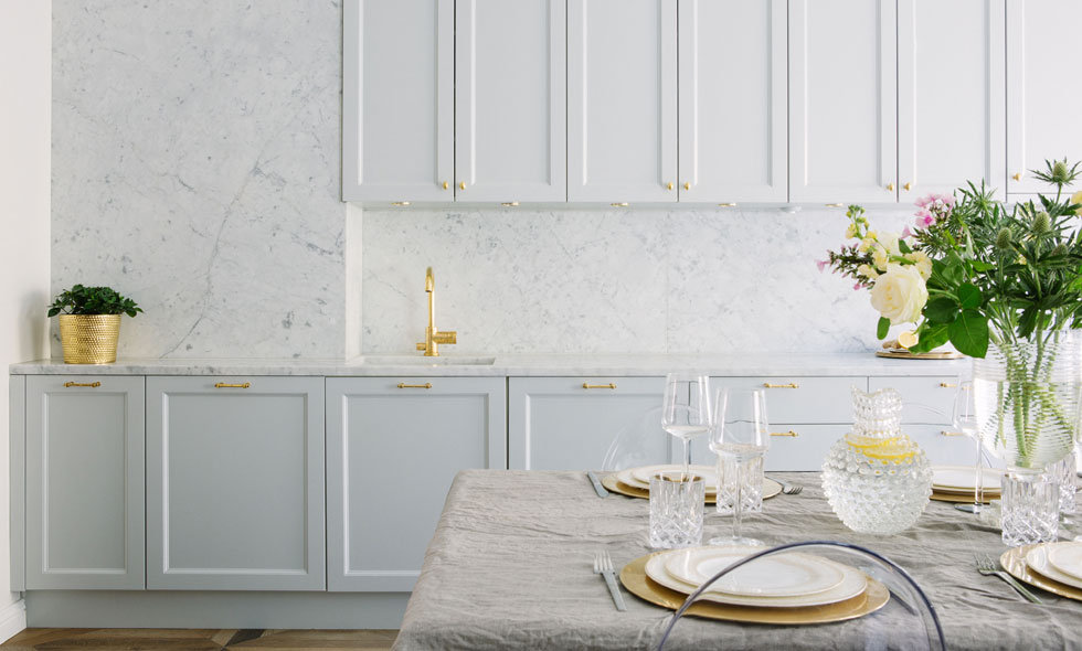 Modern Glossy Gran And White Style Kitchen