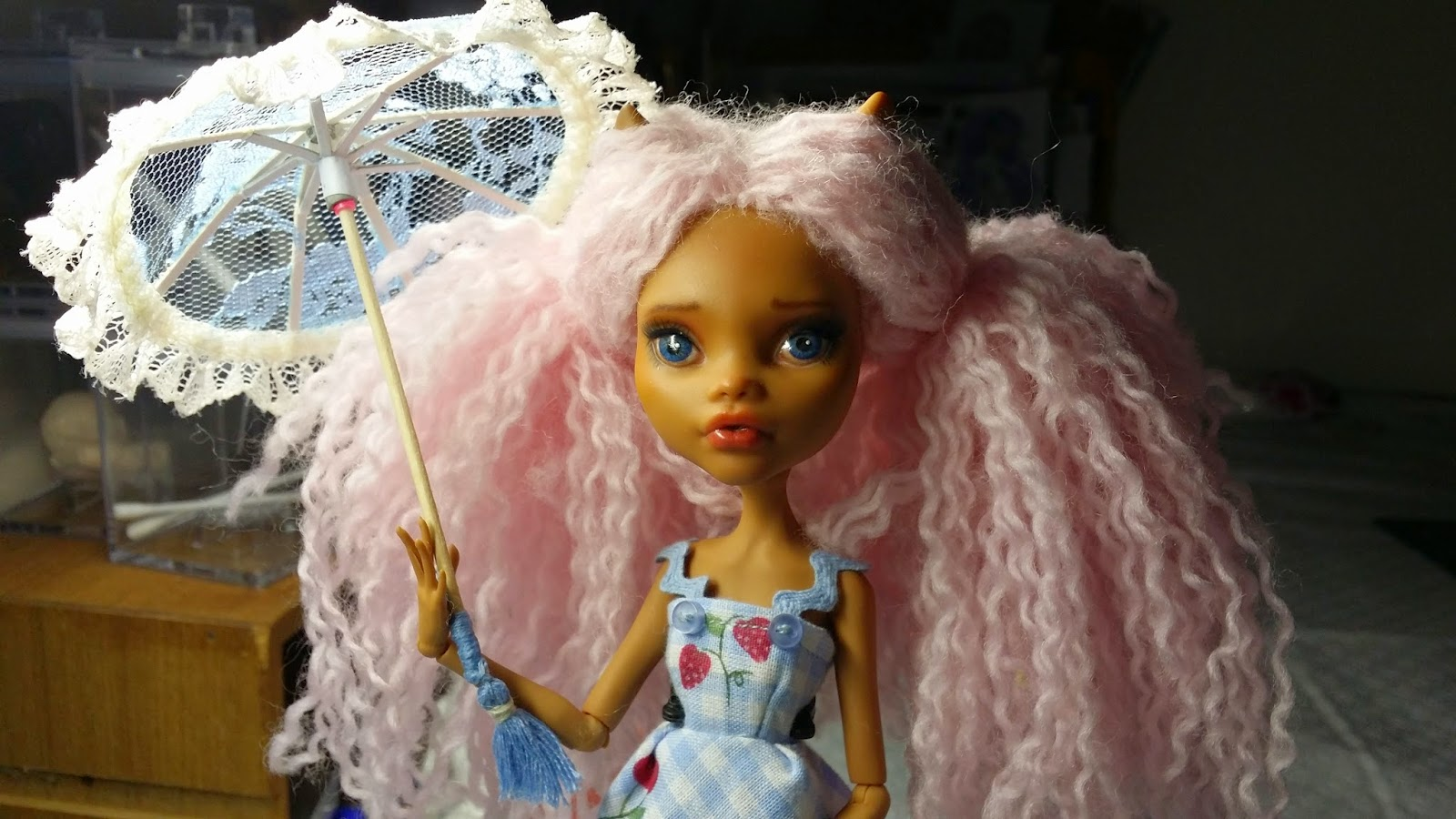 Daisy Likes Dolls How To Make A Doll Parasol For Monster High
