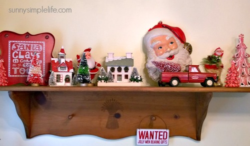 Christmas kitchen, Christmas decorating ideas, vintage Santa