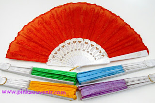 Harga Souvenir Pernikahan Kipas Bordir Warna di Jatinegara Termurah Souvenir Kipas bordir warna