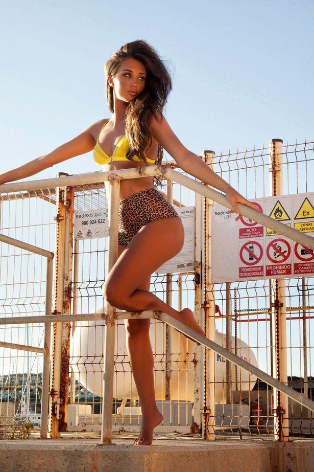 PAY-Megan-McKenna-calendar-shoot