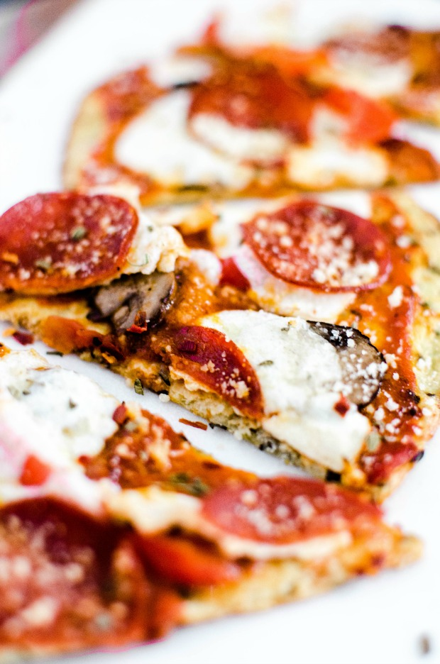 the-best-pepperoni-cauliflower-crust-pizza