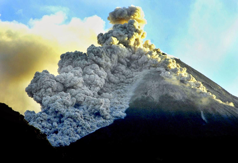 Hasil gambar untuk erupsi merapi