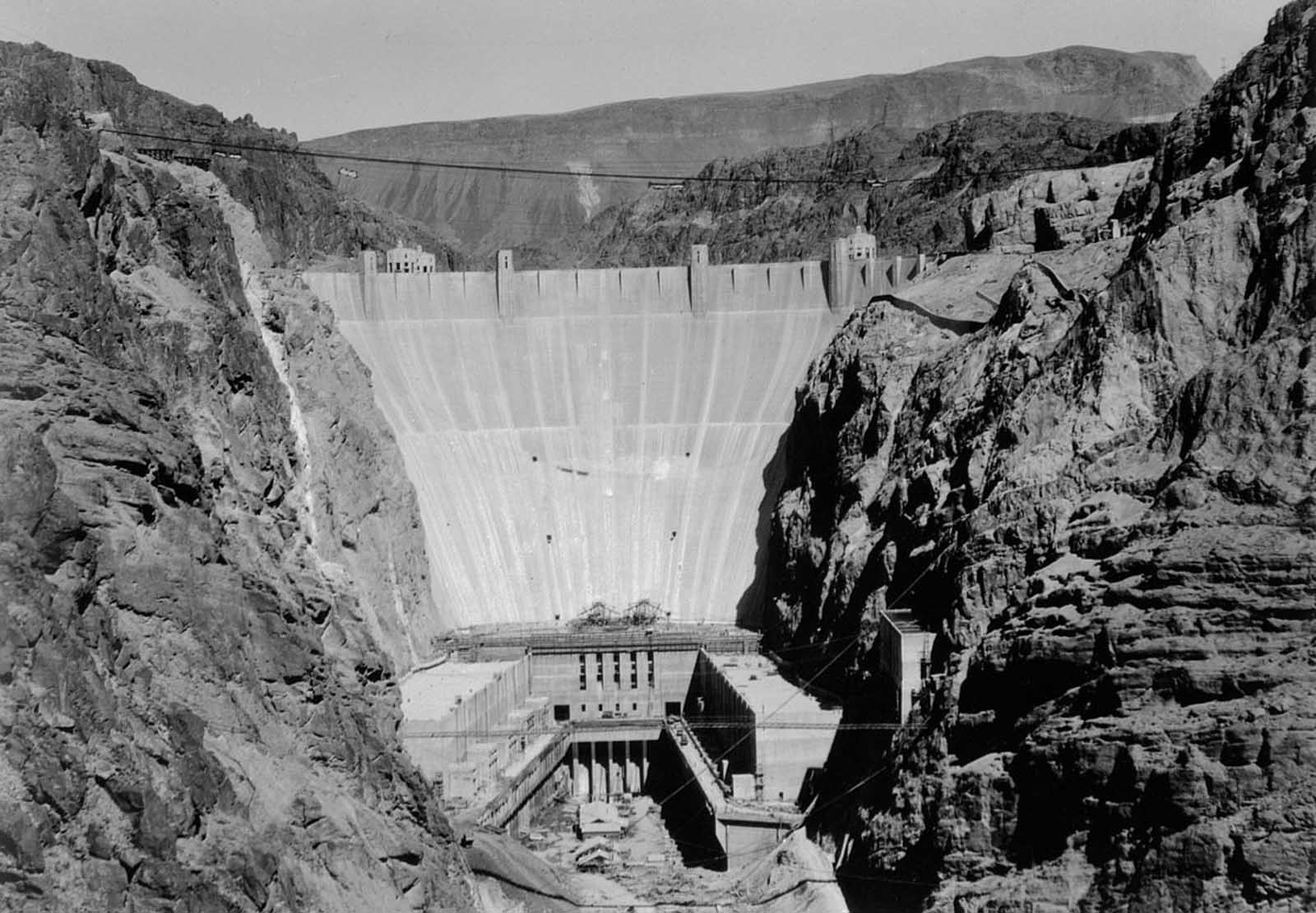 The dam nears completion. 1935.