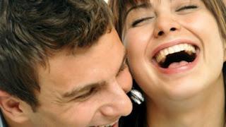 Trik Membuat Wanita Tertawa