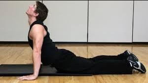 Cara meninggikan badan dengan Cobra  stretch