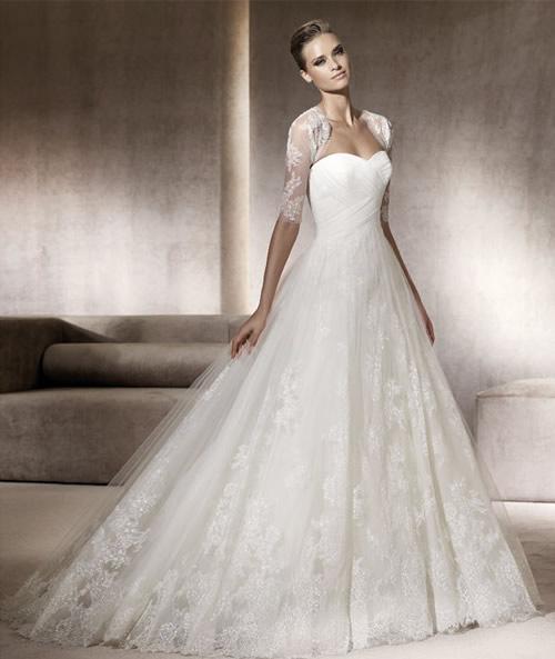 ab2317cf38fb Se sei alla ricerca del tuo abito da sposa e hai un budget limitato allora  qui puoi trovare quello che stai cercando!