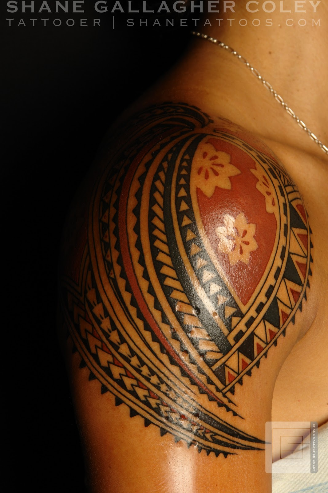 MAORI POLYNESIAN TATTOO: Polynesian Shoulder Tattoo