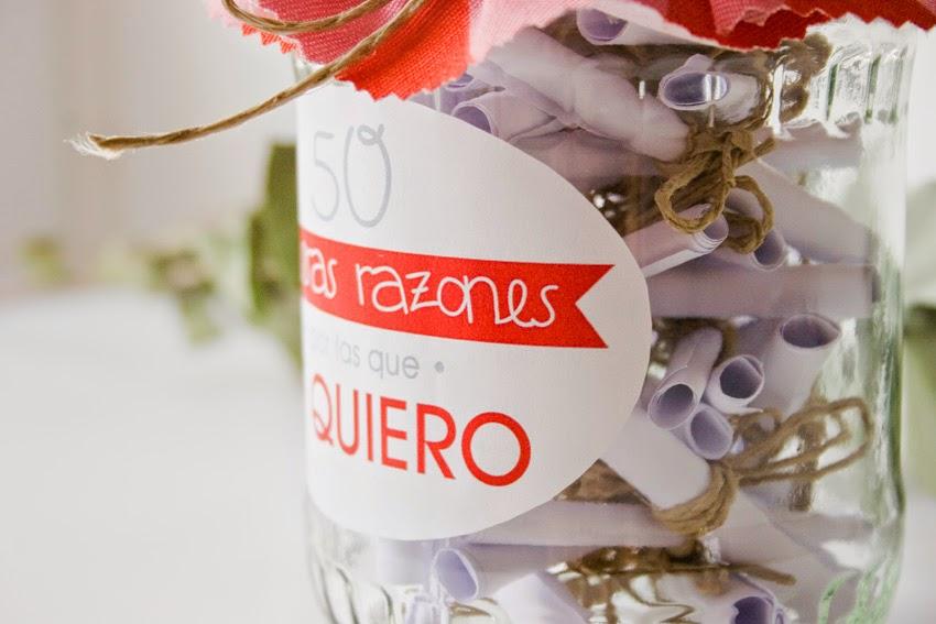Regalo handmade para San Valentín hecho con bote de cristal y mensajes10