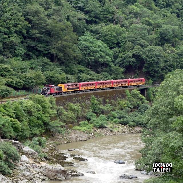 【保津峽駅】山谷間的祕境車站 把嵐山小火車拍得像小積木